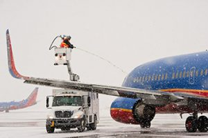 airport-deicing-4-2col.jpg